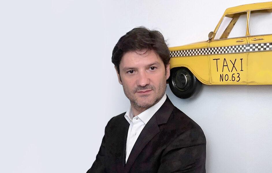 <h2>DAVIDE GIBELLINI</h2><hr>CEO & MANAGING PARTNER