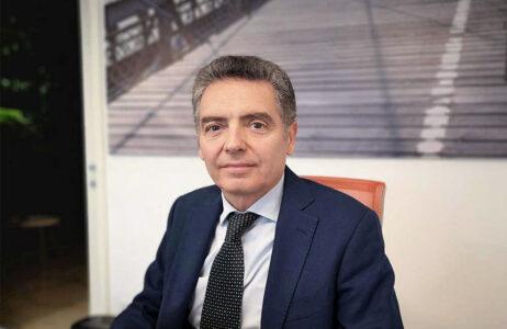 <h2>Massimo Carretti</h2><hr>Senior Manager