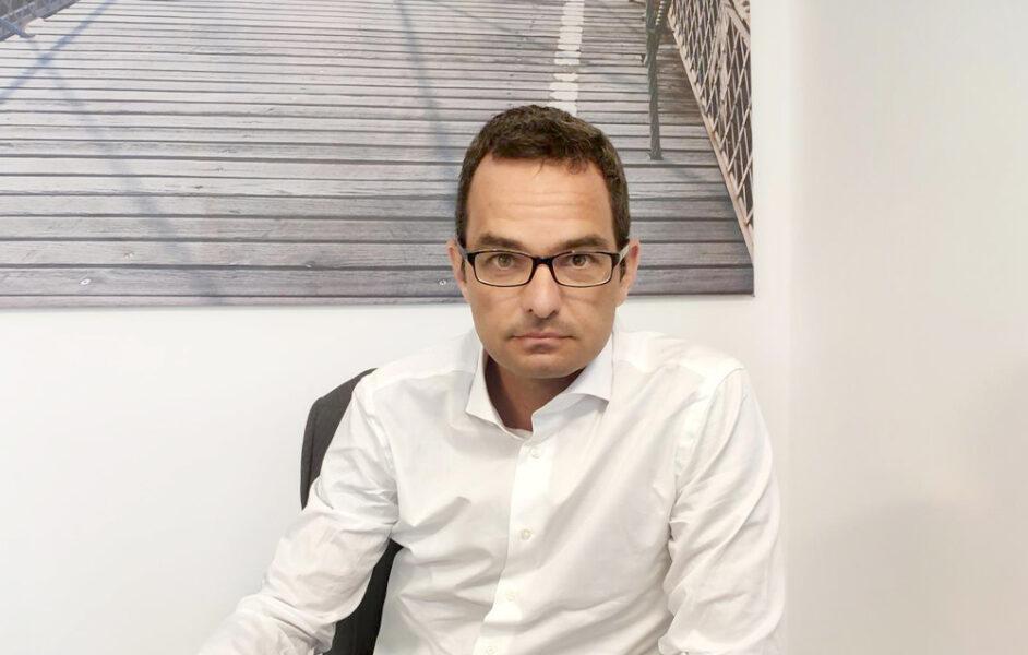 <h2>Stefano Motta</h2><hr>Senior Manager